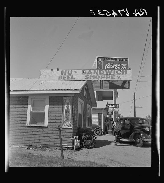 Roadside stand and filling station near Ennis, Texas