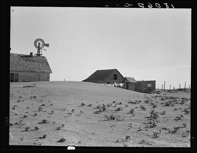 Dust Bowl farm. Coldwater District, near Dalhart, Texas. This farm is occupied. Others in this area have been abandoned