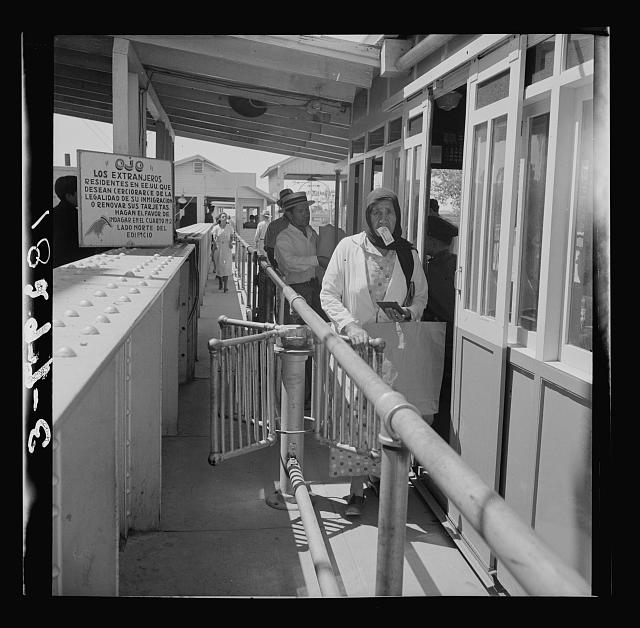 Mexicans entering the United States. United States immigration station, El Paso, Texas