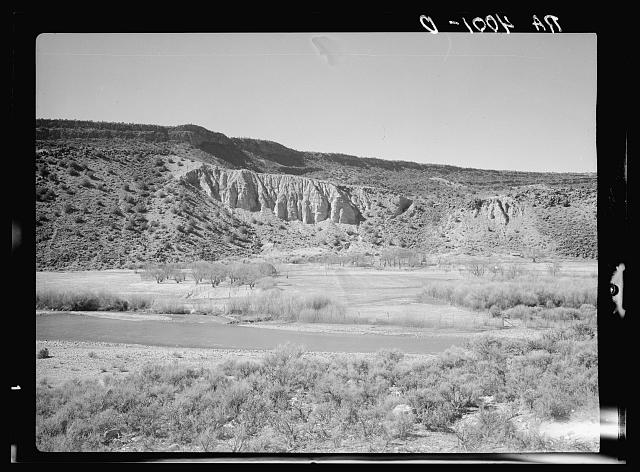 Strip of fertile farmland. Rio Grande Valley, Sandoval County, New Mexico