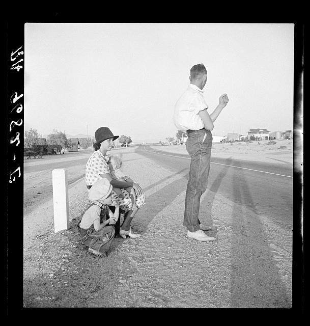 Example of self-resettlement in California. Oklahoma farm family on highway between Blythe and Indio
