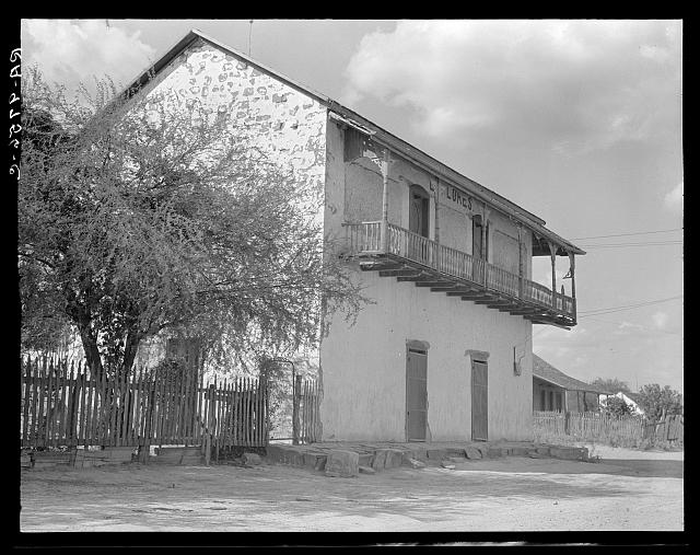 Type of house on the American-Mexican border. Rio Grande Valley, near Rio Grande City, Texas