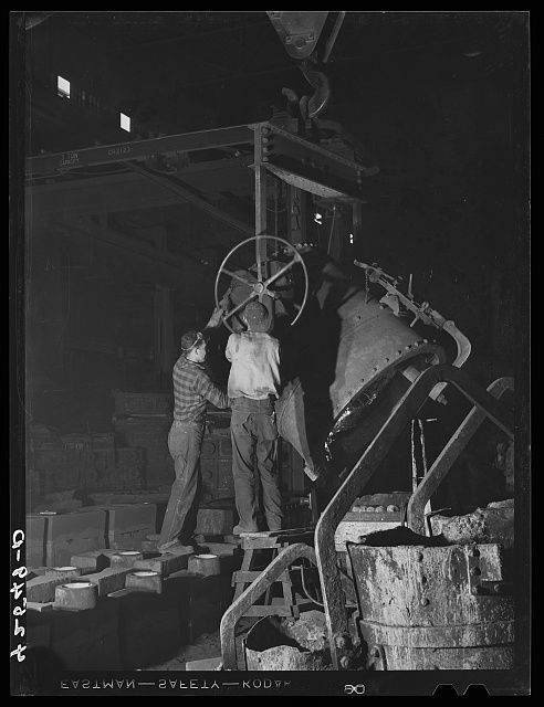 In the foundry of the Farrell-Birmingham Corporation. Ansonia, Connecticut