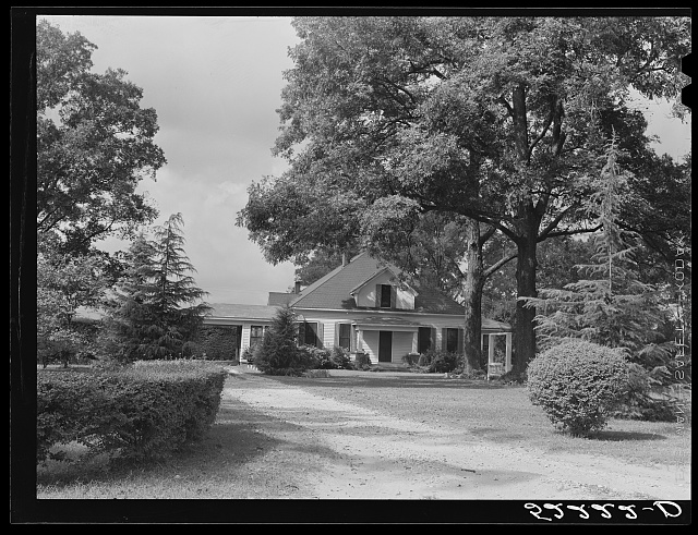 A typical plantation home. Mississippi Delta. Mississippi