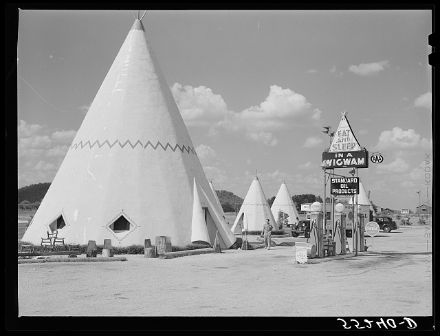Cabins imitating the Indian teepee for tourists along highway south of Bardstown, Kentucky