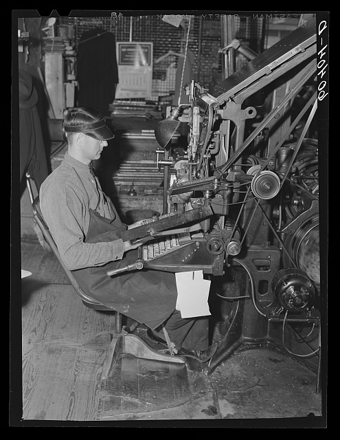 Linotype operator. Litchfield Independent, Litchfield, Minnesota