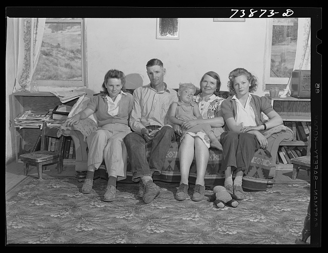 Ola, Idaho. A member of the Ola self-help cooperative and his family at home. This man is a county commissioner