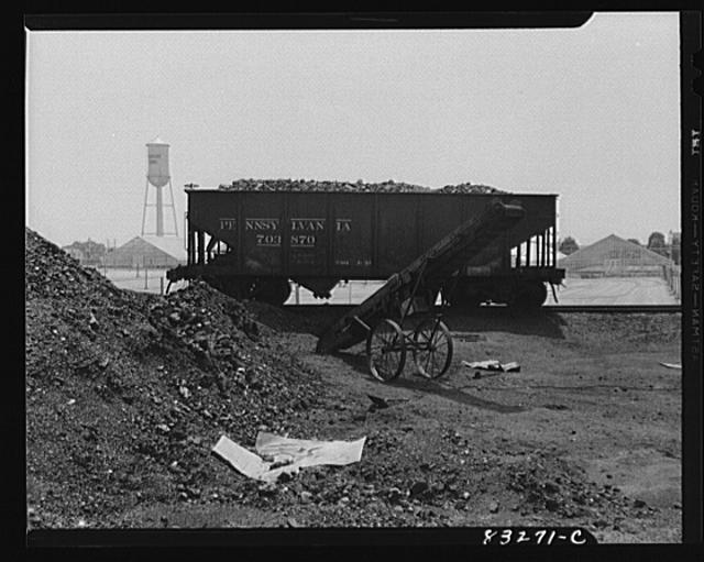 Bridgeton, New Jersey. Seabrook Farm. Factory in the fields