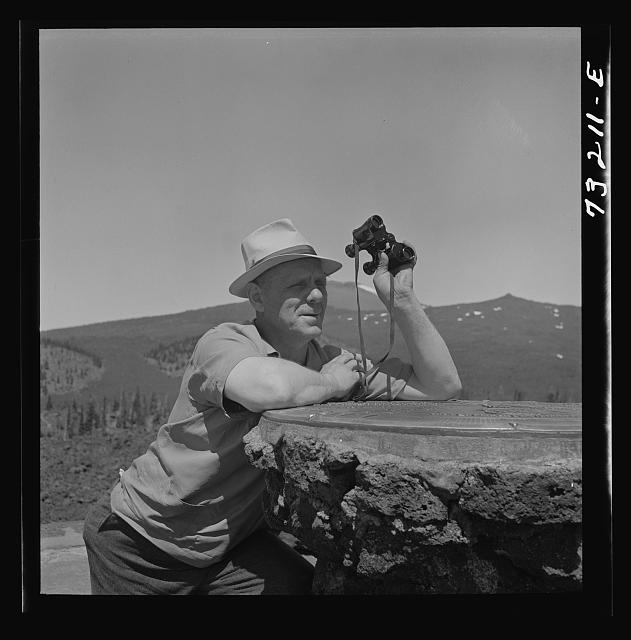 Lane County, Oregon. Tourist at the Dee Wright observation point