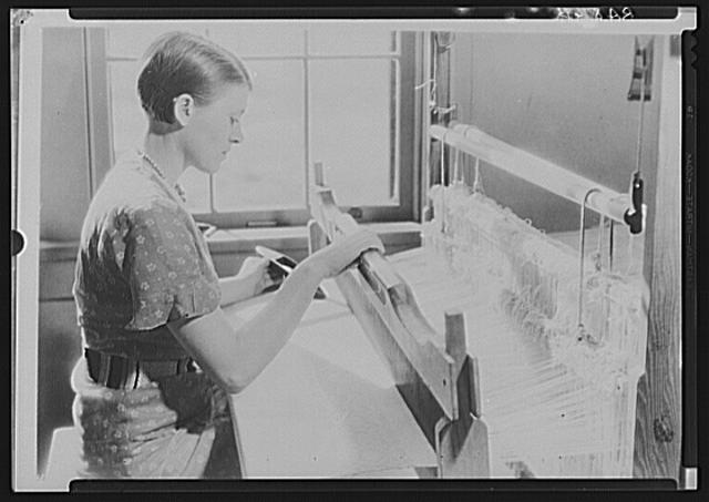 Woman weaving. Cumberland Homesteads. Crossville, Tennessee
