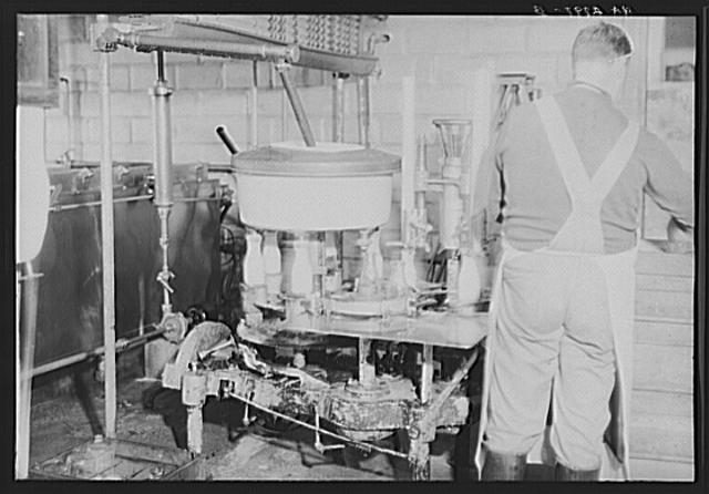 Bottling machine. United Cooperative Society. Fitchburg, Massachusetts