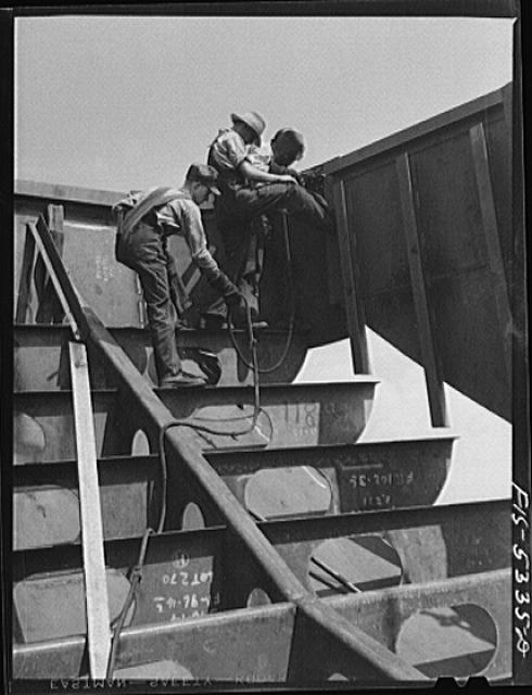 Decatur, Alabama. Ingalls Shipbuilding Company. A section of one of the sides of the stern of a barge being lowered into place