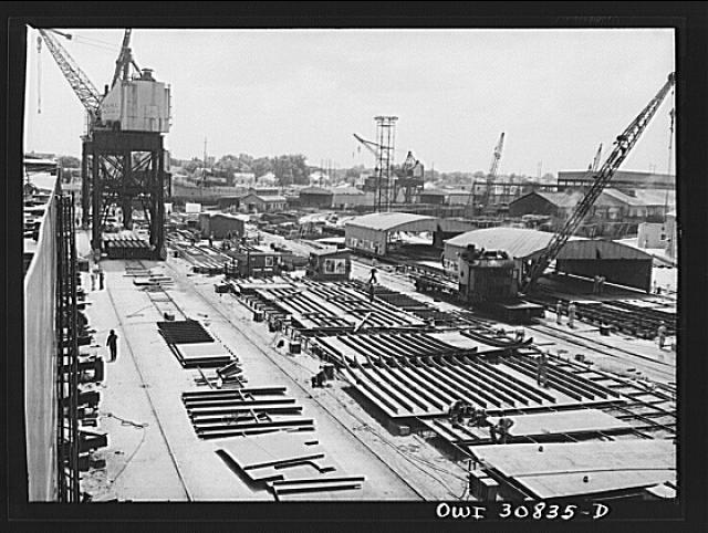 Beaumont, Texas. Working ways at the Pennsylvania shipyards. Here the sides of the hulls for cargo vessels are put together