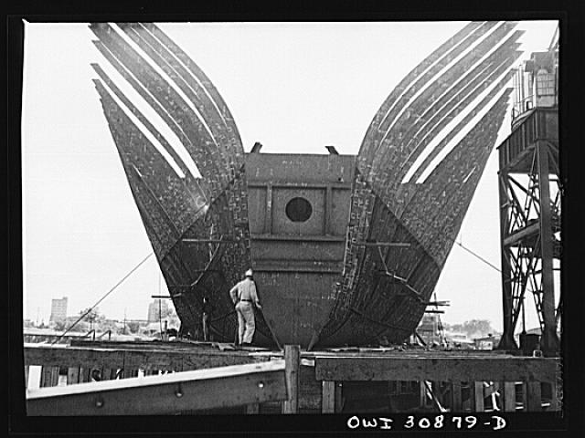 Beaumont, Texas. Hull of vessel under construction at the Pennsylvania shipyards