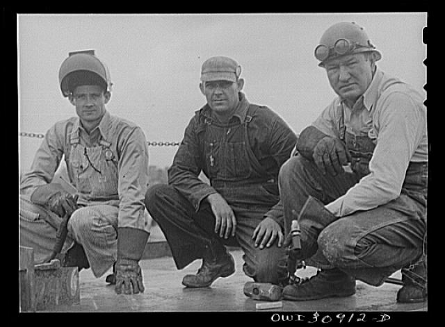 Beaumont, Texas. Workers at the Pennsylvania shipyards