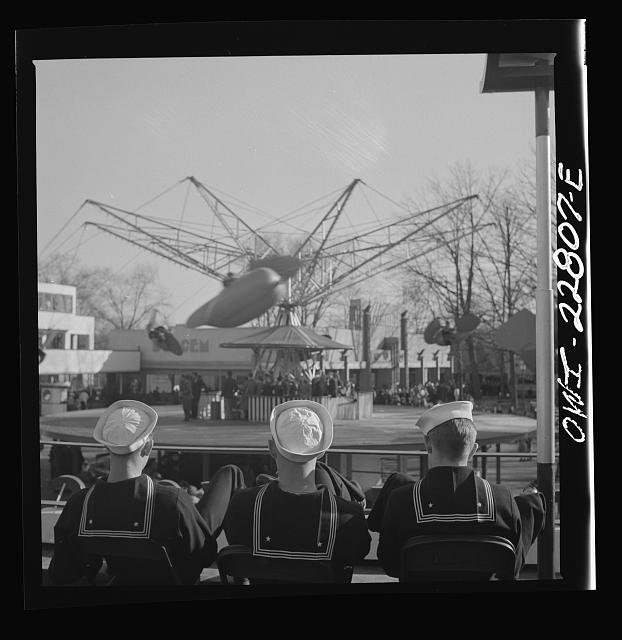 Glen Echo, Maryland. Sailors watching a ride at the amusement park