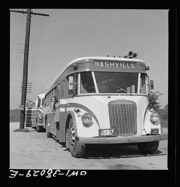 A Greyhound bus trip from Louisville, Kentucky, to Memphis, Tennessee, and the terminals. Louisville-Nashville bus at rest stop