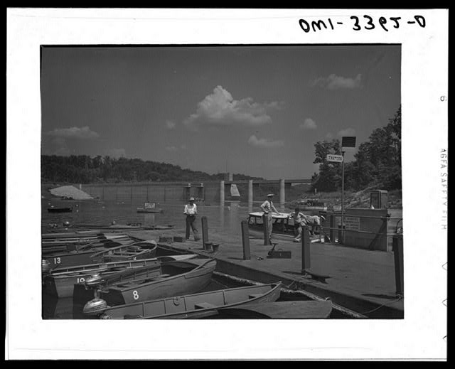Norris Dam, Tennessee. Tennessee Valley Authority. Boats moored at Norris Lake
