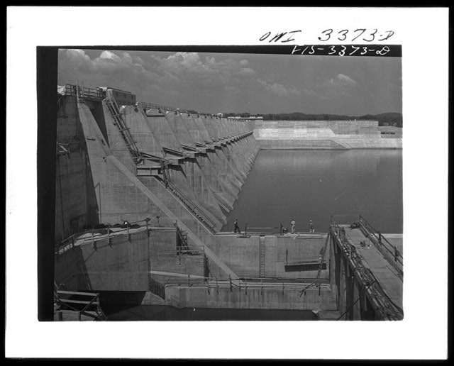 Watts Bar Dam, Tennessee. Tennessee Valley Authority. Construction