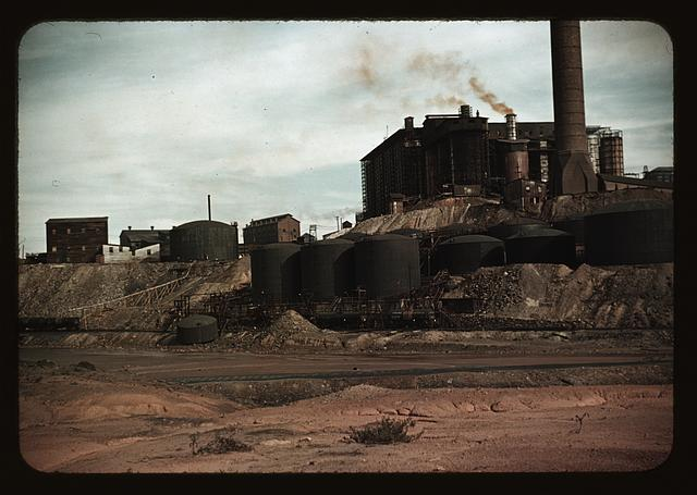 Copper mining and sulfuric acid plant, Copperhill], Tenn.