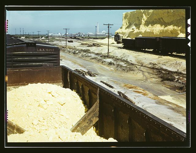 Railroad cars loaded with sulphur, Freeport Sulphur Co., Hoskins Mound, Texas