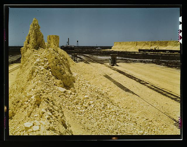 Nearly exhausted sulphur vat from which railroad cars are loaded, Freeport Sulphur Co., Hoskins Mound, Texas