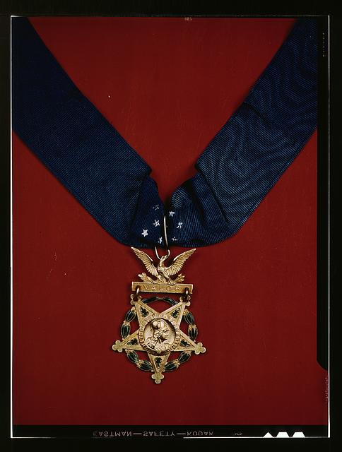 [U.S. Army Medal of Honor with neck band]