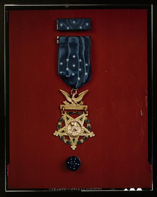 [Medal of Honor]