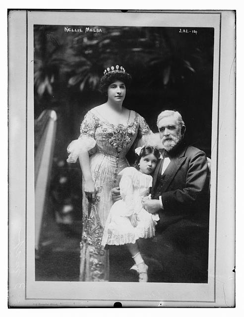 Nellie Melba, her father, David Mitchell, and a young girl (Nellie&#39;s niece, Nellie Paterson), in Melbourne, Australia