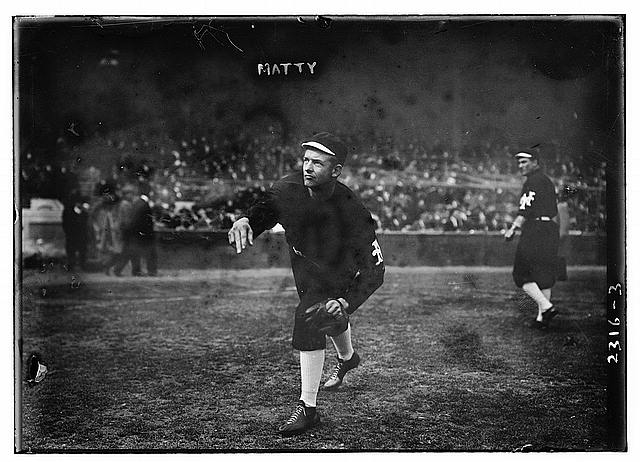 [Christy Mathewson, New York, NL - World Series warm up (baseball)]