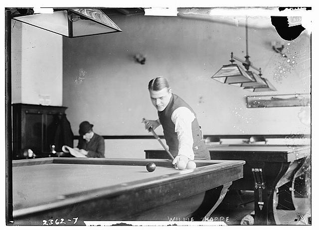 Willie Hoppe [shooting billiards]