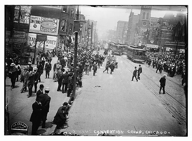 Convention crowd, Chicago