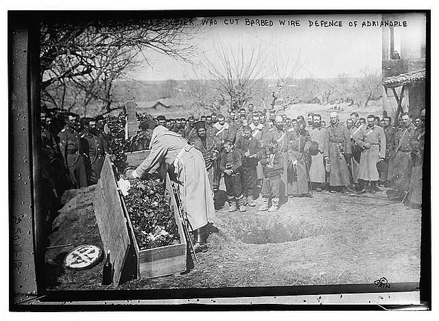 Burying soldier who cut barbed wire defence of Adrianople