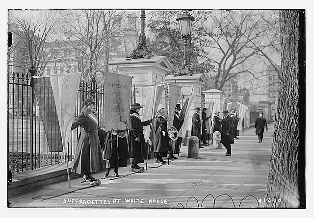 Suffragettes at White House