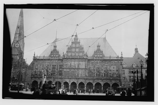 [Exterior of Bremen City Hall]
