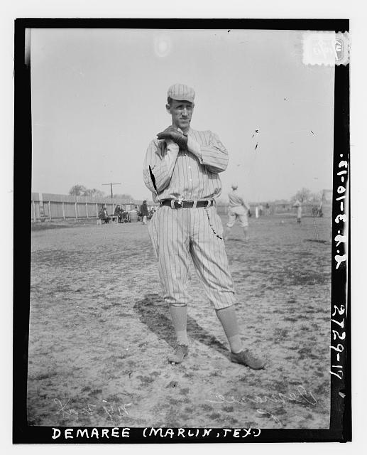 [Al Demaree, New York NL, at spring training in Marlin Springs, Texas (baseball)]