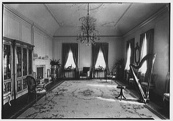 Mrs. W.A. Roebling, residence at 64 South Battery, Charleston, South Carolina. Music room, general