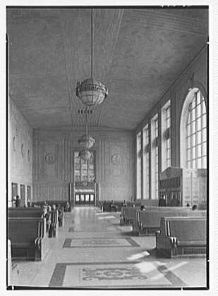 Newark passenger station, Pennsylvania Railroad. Waiting room, vertical to west