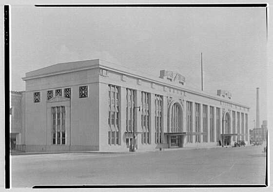 Newark passenger station, Pennsylvania Railroad. Main facade from left