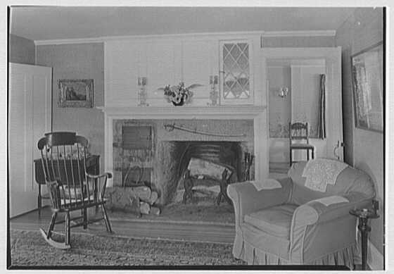 J.B. Warnock, residence on North Ave., Westport, Connecticut. Sitting room fireplace