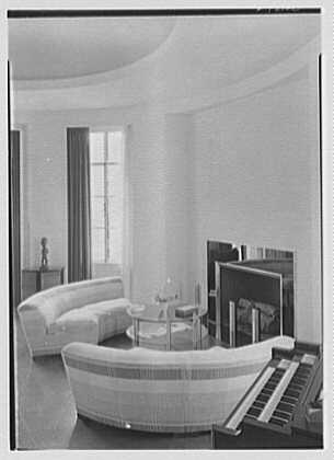 George R. Dyer, residence in Brookville, Long Island. Music room, vertical to fireplace