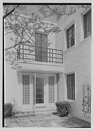 George R. Dyer, residence in Brookville, Long Island. Rear entrance detail