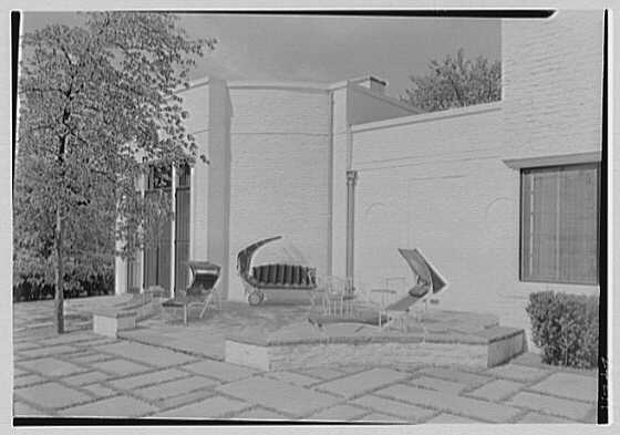 George R. Dyer, residence in Brookville, Long Island. Terrace, horizontal