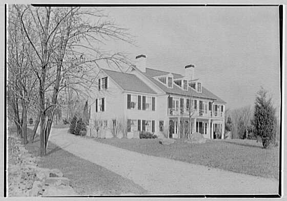 Tilden W. Southack, residence in Greenwich, Connecticut. Rear facade