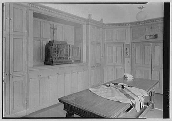 Chapel of St. Thomas More, 268 Park St., New Haven, Connecticut. Sacristy