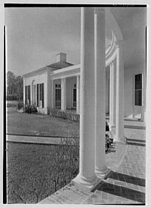 Mrs. George F. Baker, Horseshoe Plantation, residence in Tallahassee, Florida. Loggia, to west guest room