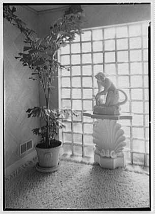 Theodore D. Buhl, residence on Island Rd., Palm Beach, Florida. Entrance hall, monkey detail