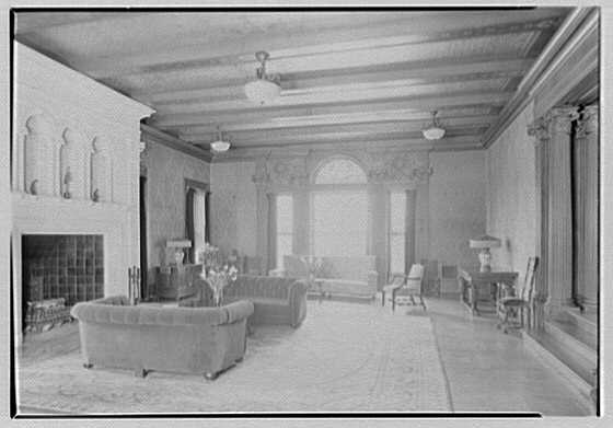 Miss Gill's School, Bernardsville, New Jersey. Living room, general view