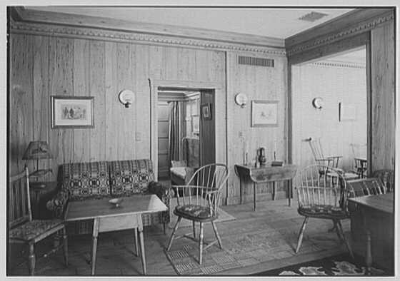 Whist Club, 6 E. 61st St., New York City. Pine room, to new sofa