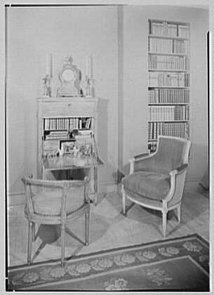 Mrs. Pierre Bedard, residence at 137 E. 38th St., New York City. Living room, to desk